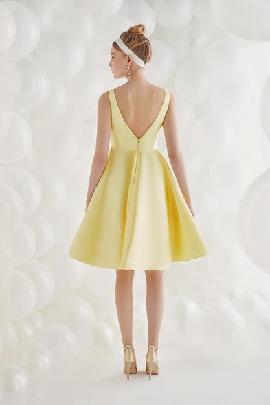 - Sarı Saten Askılı Kısa Elbise - Oleg Cassini