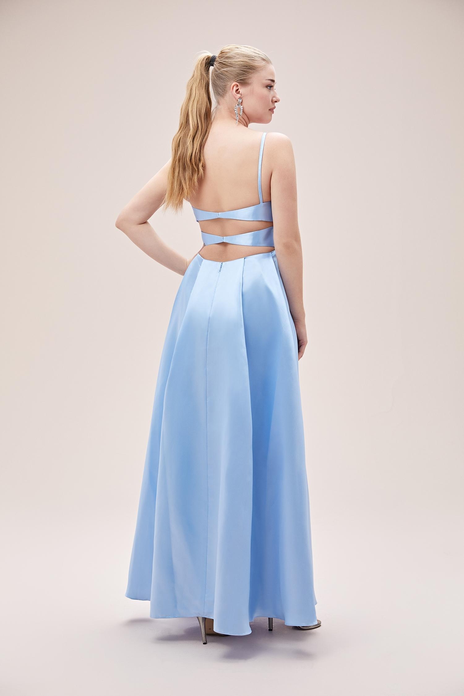 Açık Mavi İnce Askılı Saten Uzun Büyük Beden Elbise - Thumbnail