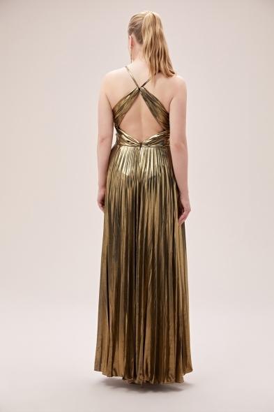 Viola Chan - Altın Rengi İnce Askılı Folyo Şifon Uzun Büyük Beden Elbise (1)