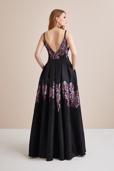 Viola Chan Premium - Askılı Çiçekli Siyah Mor Saten Uzun Abiye Elbise (1)