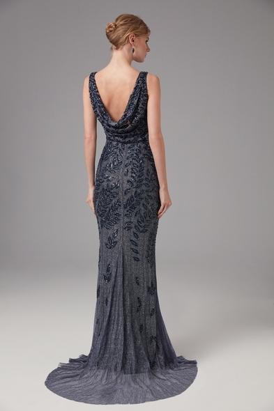 Viola Chan - Askılı Uzun Lacivert Pullu Gri Gece Elbisesi (1)