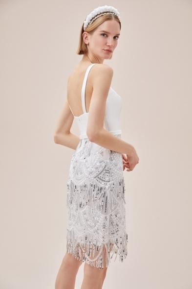 VC by Viola Chan - Beyaz Askılı Payet İşlemeli Eteği Püsküllü Kısa Nikah Elbisesi (1)