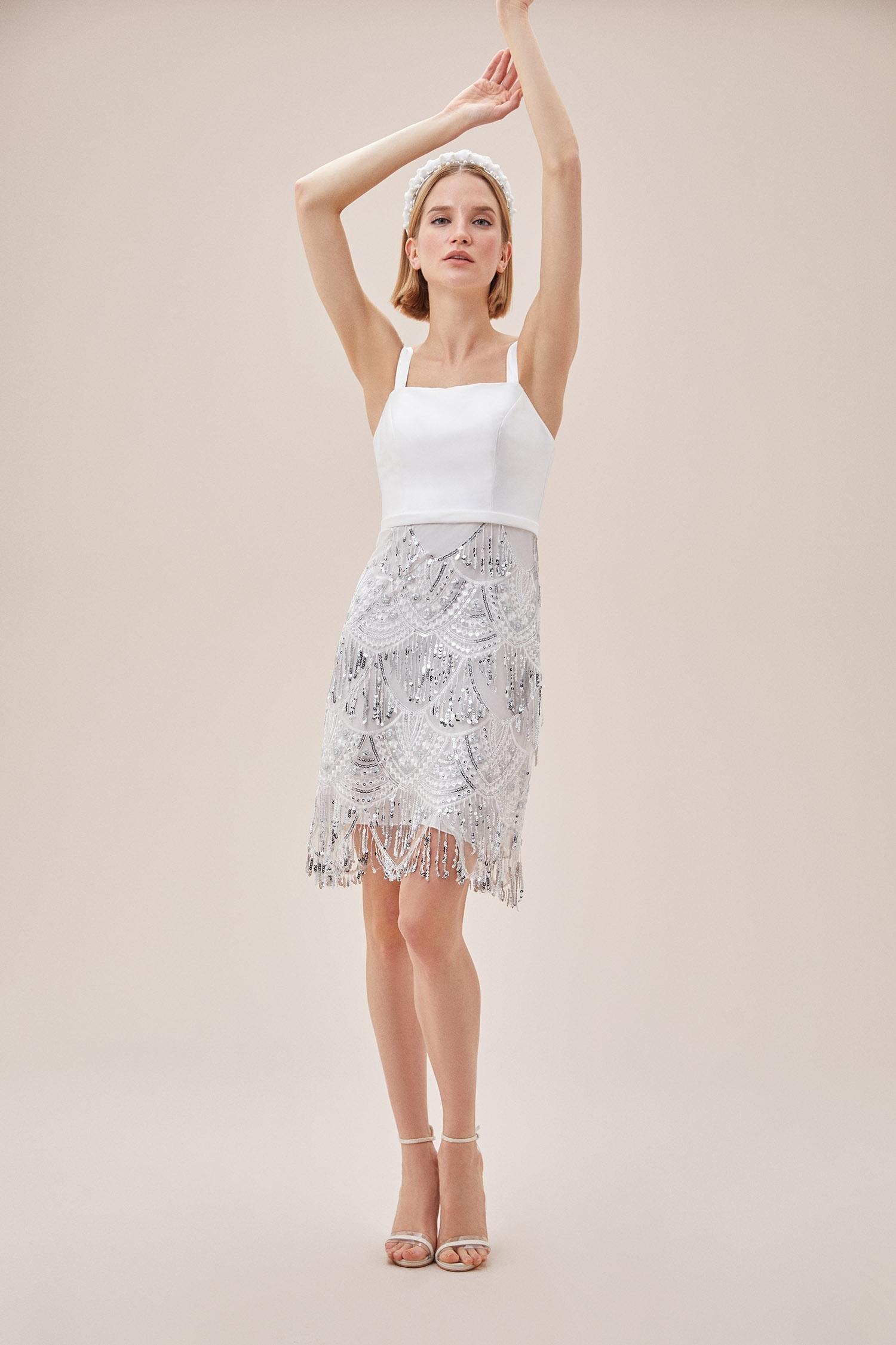 Beyaz Askılı Payet İşlemeli Eteği Püsküllü Kısa Nikah Elbisesi - Thumbnail