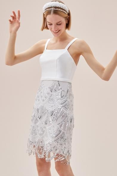 VC by Viola Chan - Beyaz Askılı Payet İşlemeli Eteği Püsküllü Kısa Nikah Elbisesi