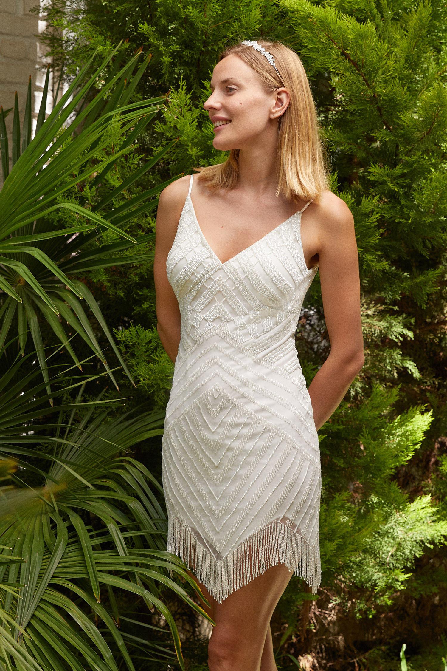 Beyaz Askılı Payetli Asimetrik Etekli Kısa Nikah Elbisesi - Thumbnail