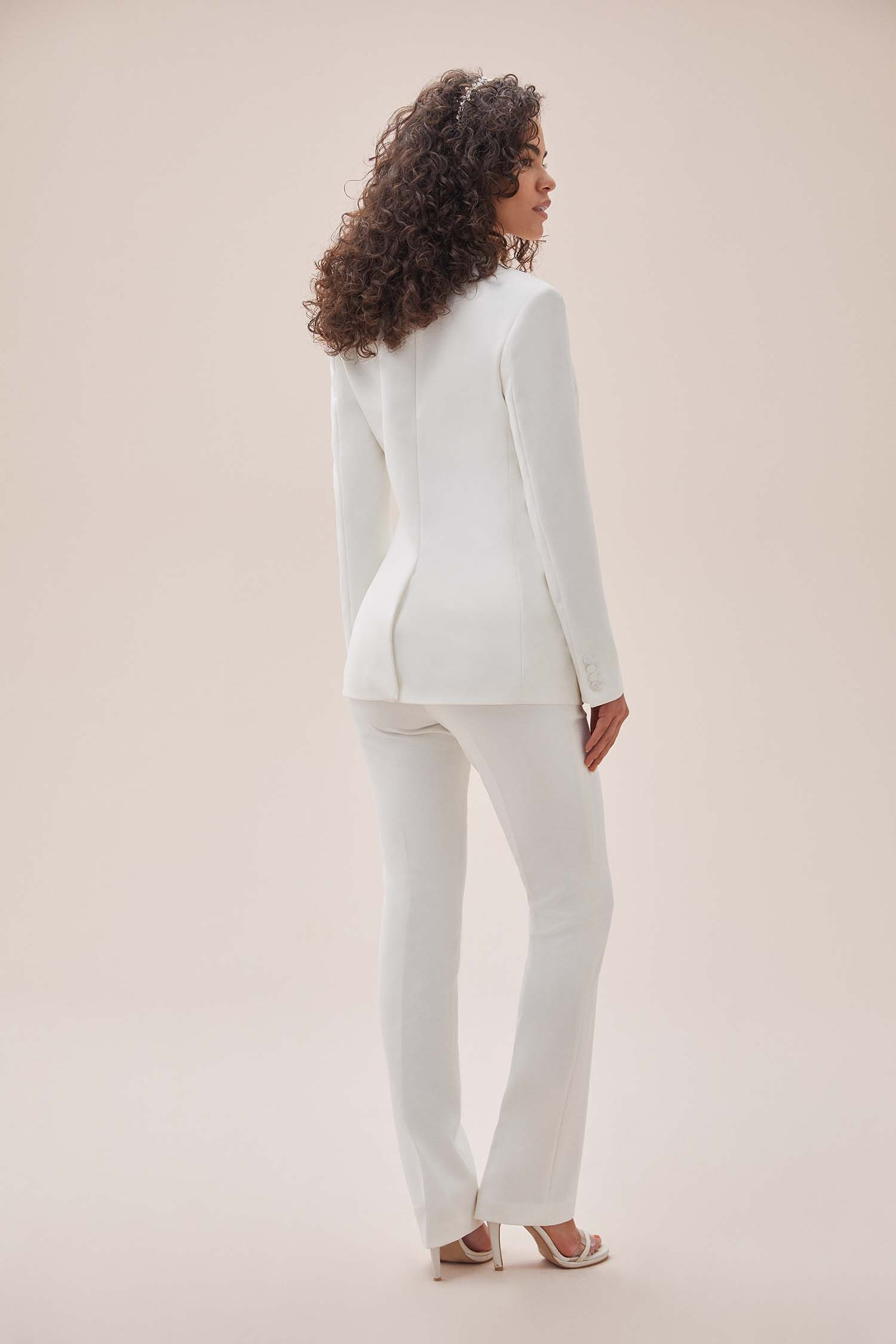 Beyaz Bol Kesim Krep Takım Elbise Gelinlik Ceketi - Thumbnail
