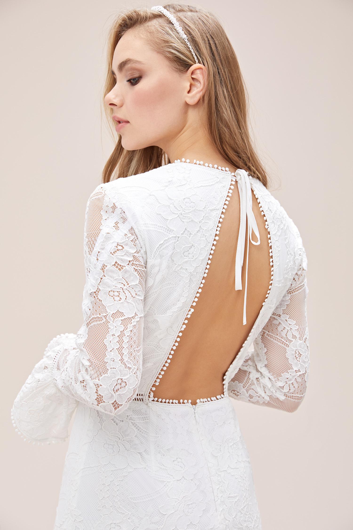 Beyaz Dantel İşlemeli İspanyol Kollu Sırt Dekolteli Kısa Nikah Elbisesi - Thumbnail
