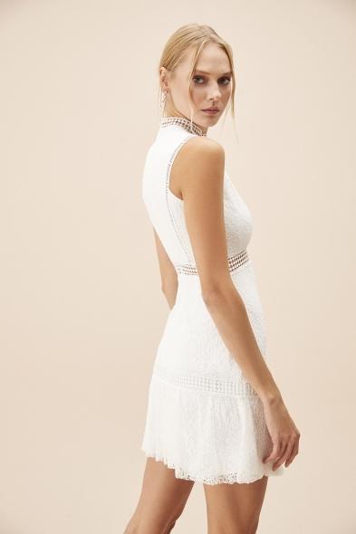 OLEG CASSINI TR - Beyaz Dantel İşlemeli Yüksek Yaka Kısa Nikah Elbisesi (1)