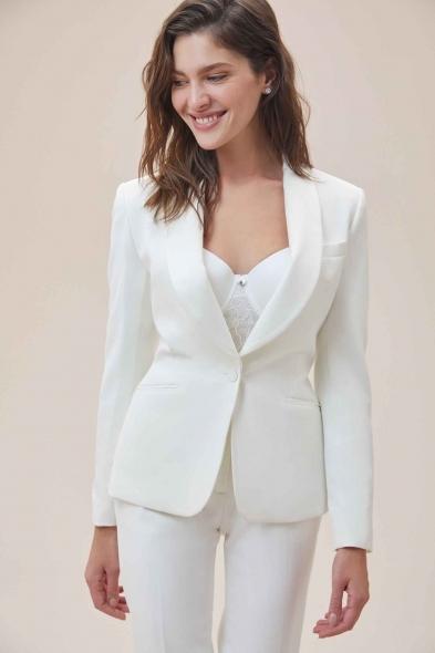 Oleg Cassini - Beyaz Dar Kesim Krep Takım Elbise Büyük Beden Gelinlik Ceketi