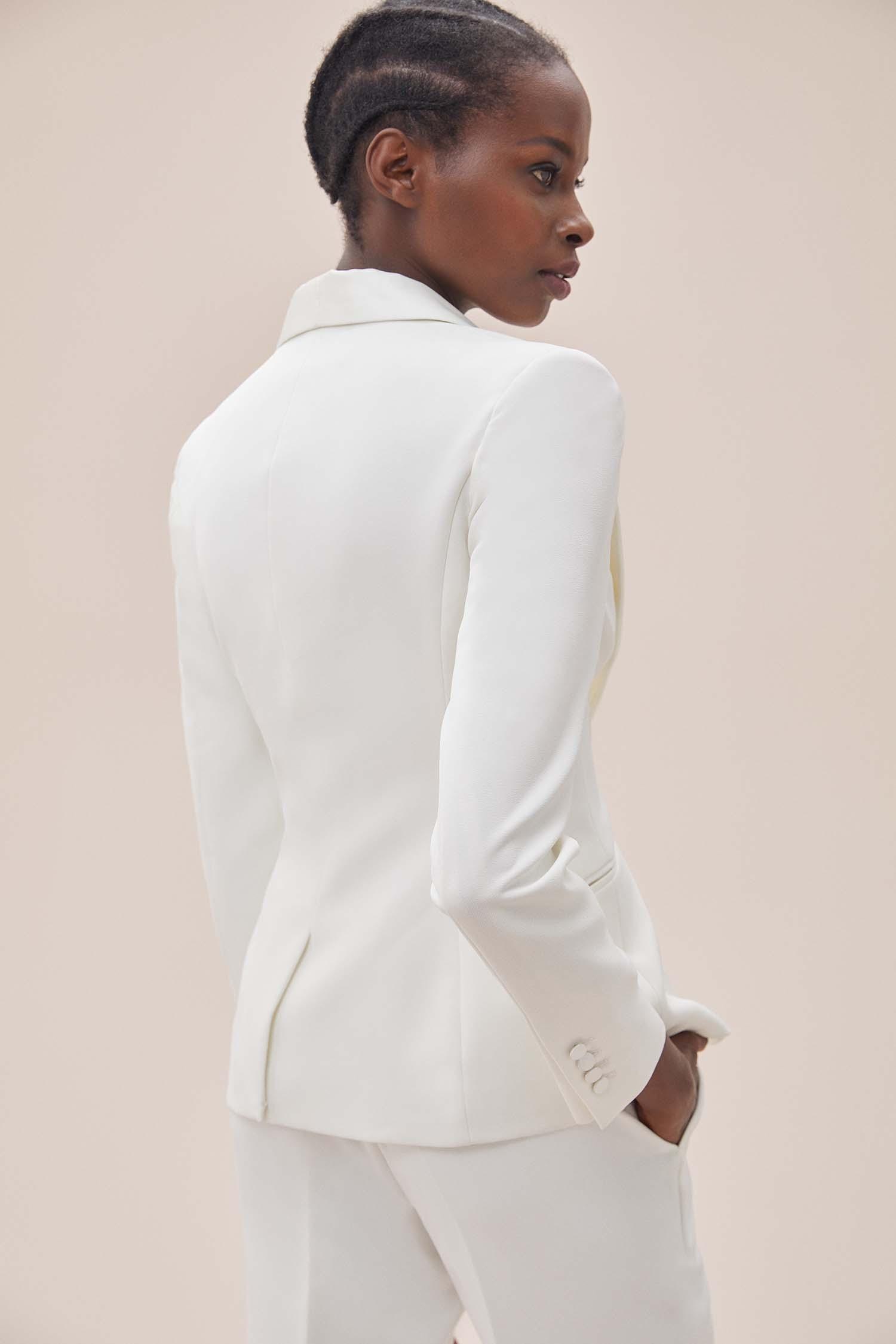 Beyaz Dar Kesim Krep Takım Elbise Büyük Beden Gelinlik Ceketi - Thumbnail