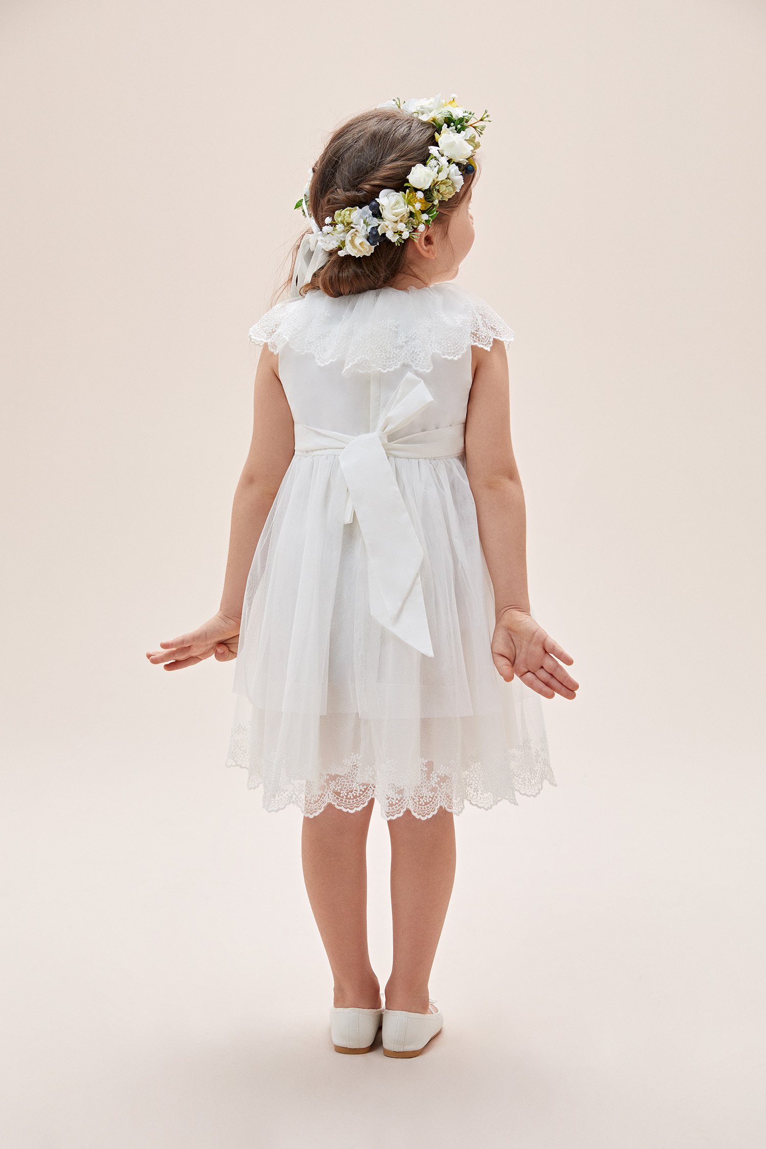 Beyaz Yakası Dantel İşlemeli Çocuk Elbisesi - Thumbnail