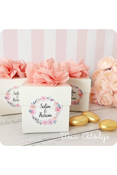 Mia Atölye - Çiçek Süslemeli Kutu Nikah Şekeri MA1117