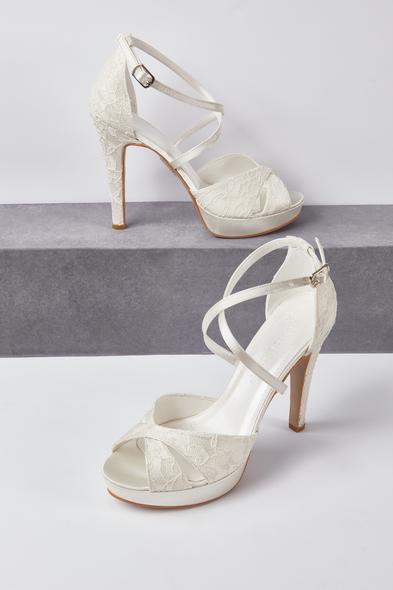 OLEG CASSINI TR - Dantelli Gelinlik Ayakkabısı Kırık Beyaz Önü Açık