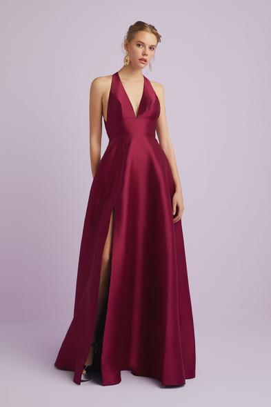 Şarap Rengi Halter Yaka Saten Abiye Elbise