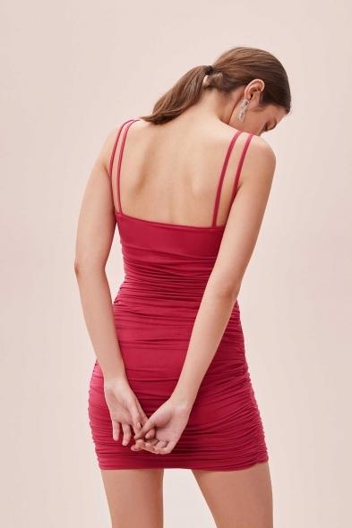 OLEG CASSINI TR - Fuşya İnce Çift Askılı Büzgülü Mini Jarse Elbise (1)