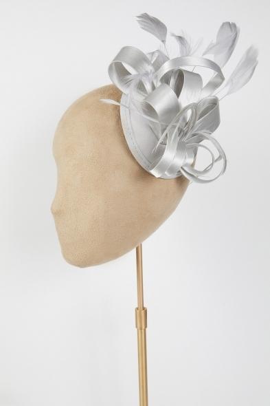 Oleg Cassini - Gri Saten Gelin Şapkası