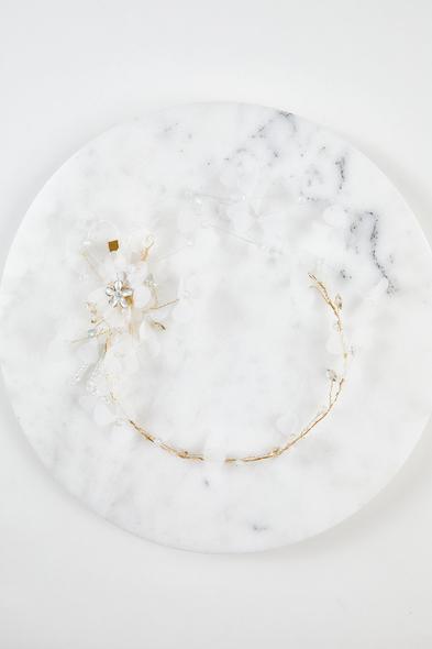 Oleg Cassini - Gümüş ve Altın Rengi Çiçekli Gelin Tacı
