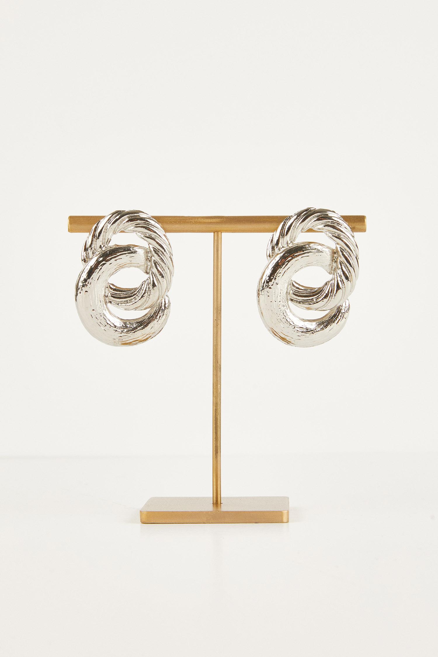 Gümüş Rengi İki Halkalı Küpe - Thumbnail