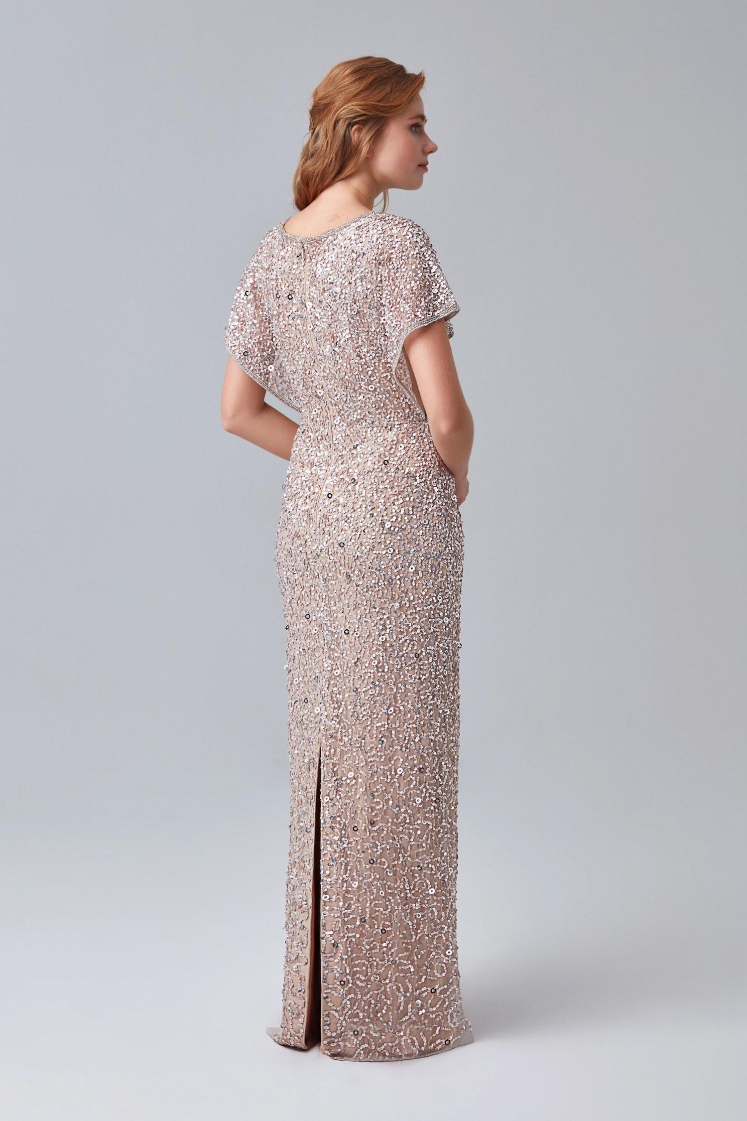 Gümüş Rengi Kısa Kollu Pullu Uzun Abiye Elbise - Thumbnail