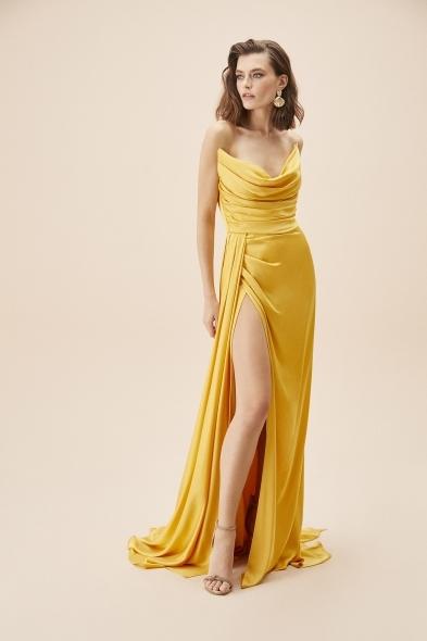 Alfa Beta - Hardal Rengi Straplez Yırtmaçlı Saten Uzun Abiye Elbise