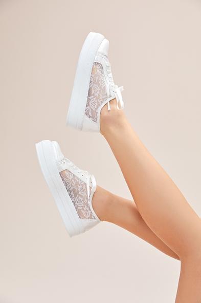 66 - Kırık Beyaz Dantelli Yüksek Taban Gelin Spor Ayakkabı