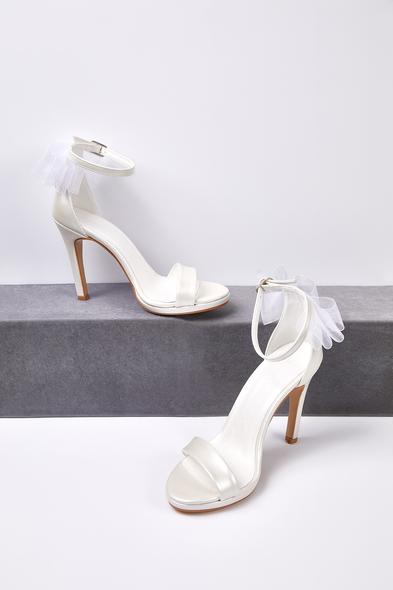 OLEG CASSINI TR - Kırık Beyaz Tül Detaylı Topuklu Gelin Ayakkabısı (1)
