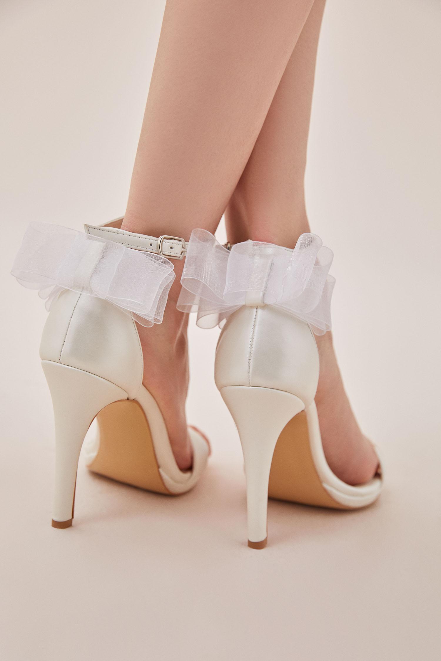 Kırık Beyaz Tül Detaylı Topuklu Gelin Ayakkabısı - Thumbnail