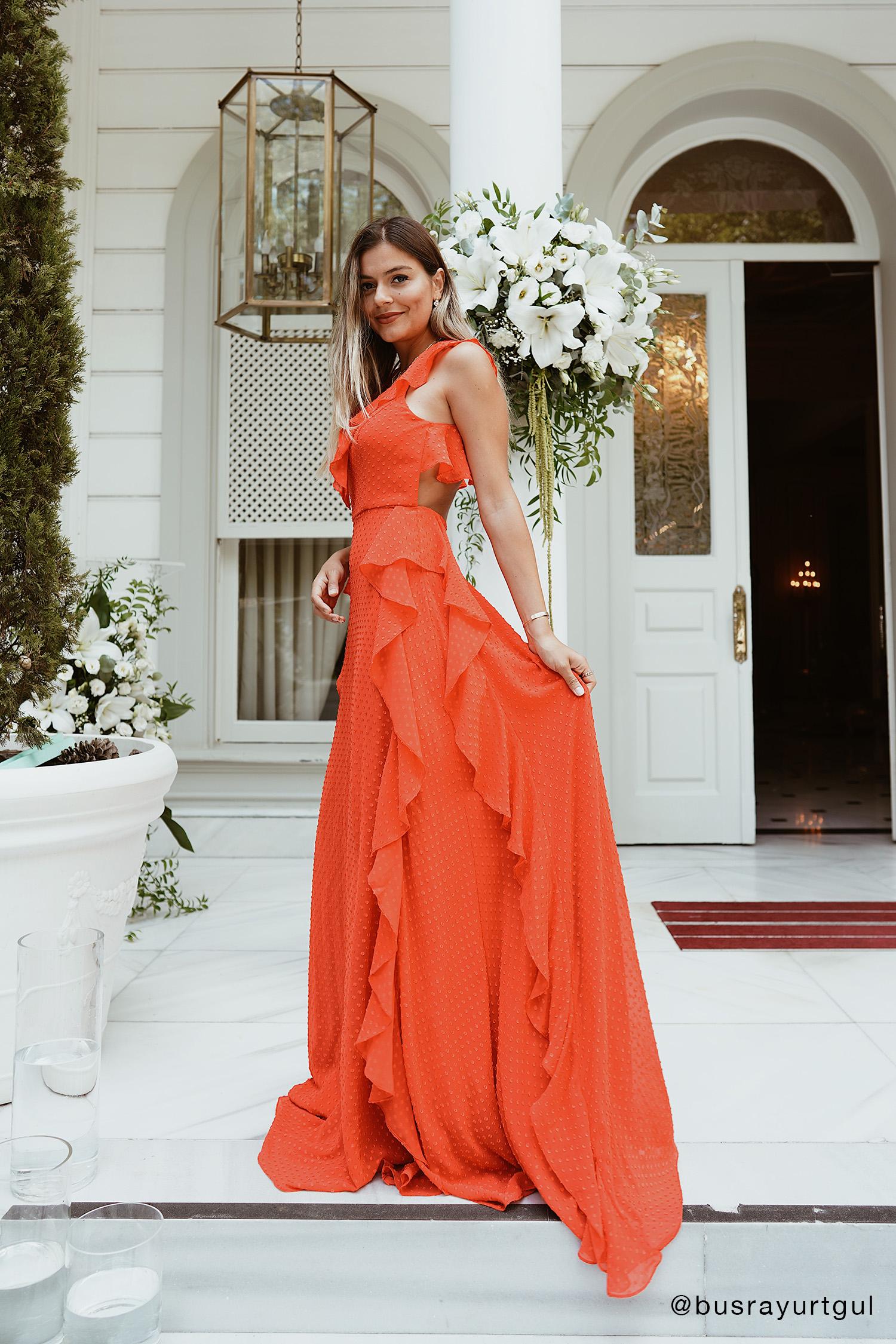 Kırmızı Askılı Fırfırlı Sırt Dekolteli Şifon Abiye Elbise - Thumbnail