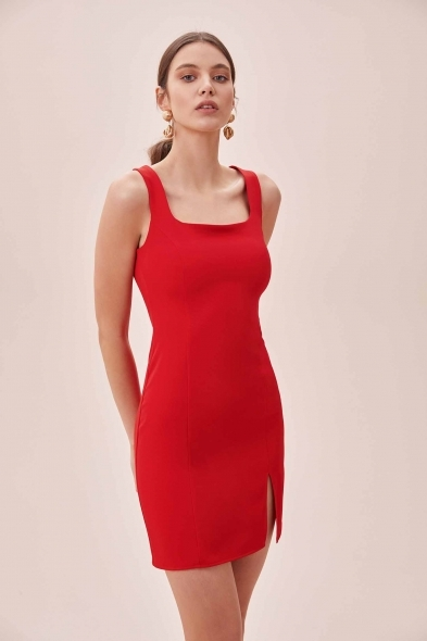 OLEG CASSINI TR - Kırmızı Askılı Kare Yaka Mini Krep Elbise