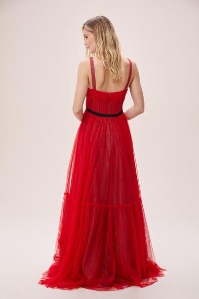 Viola Chan - Kırmızı Askılı Drapeli İşlemeli Tül Etekli Abiye Elbise (1)