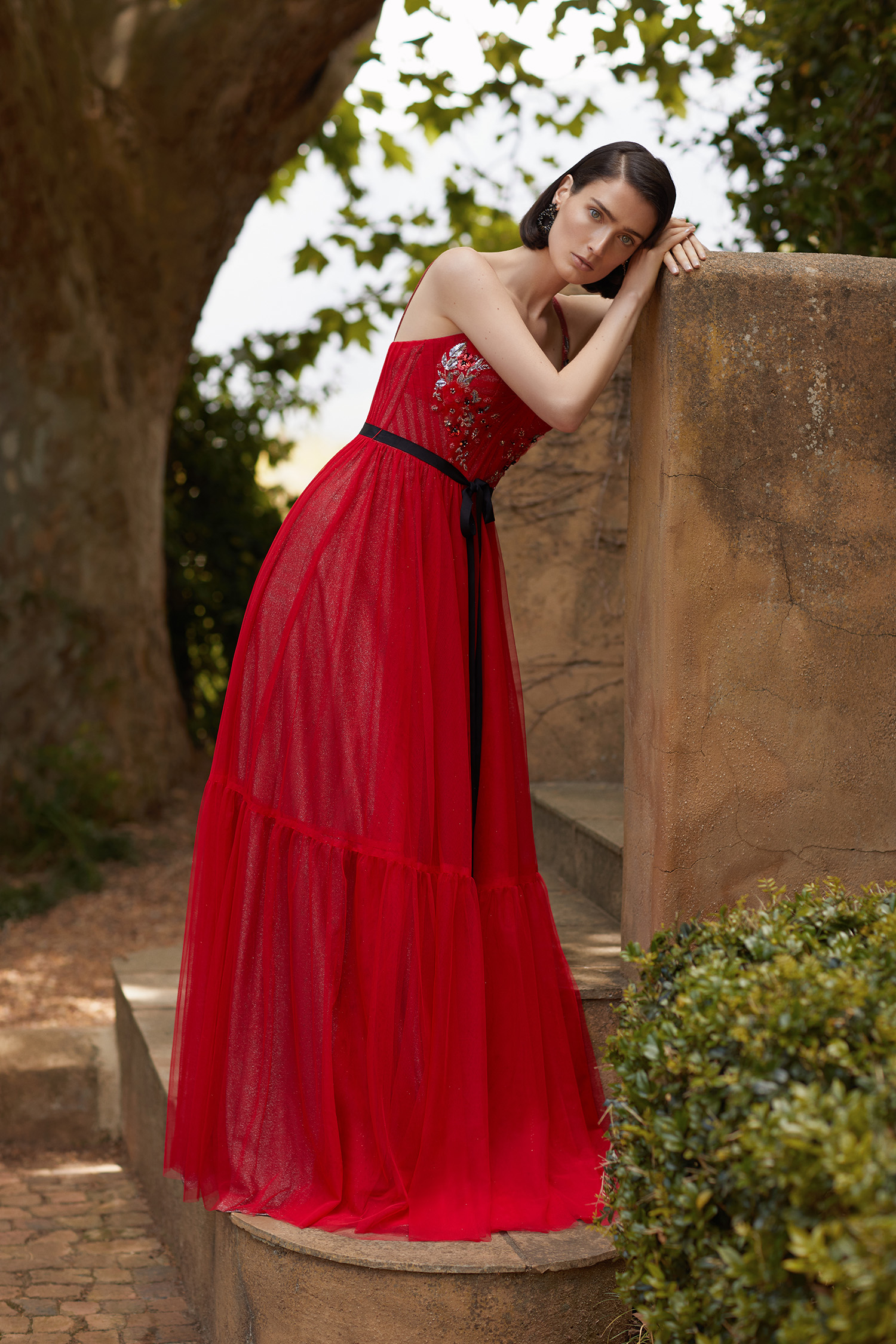 Kırmızı Askılı Drapeli İşlemeli Tül Etekli Abiye Elbise - Thumbnail