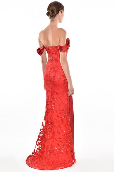 Alfa Beta - Kırmızı Düşük Omuzlu Dantel İşlemeli Abiye Elbise (1)