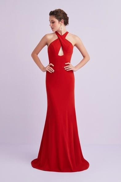 Kırmızı Halter Yaka Sırt Dekolteli Krep Abiye Elbise