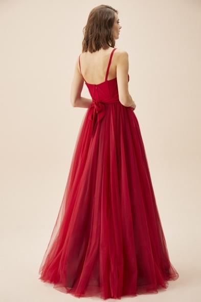 Viola Chan - Kırmızı İnce Askılı Korseli Tül Etekli Uzun Büyük Beden Abiye Elbise (1)