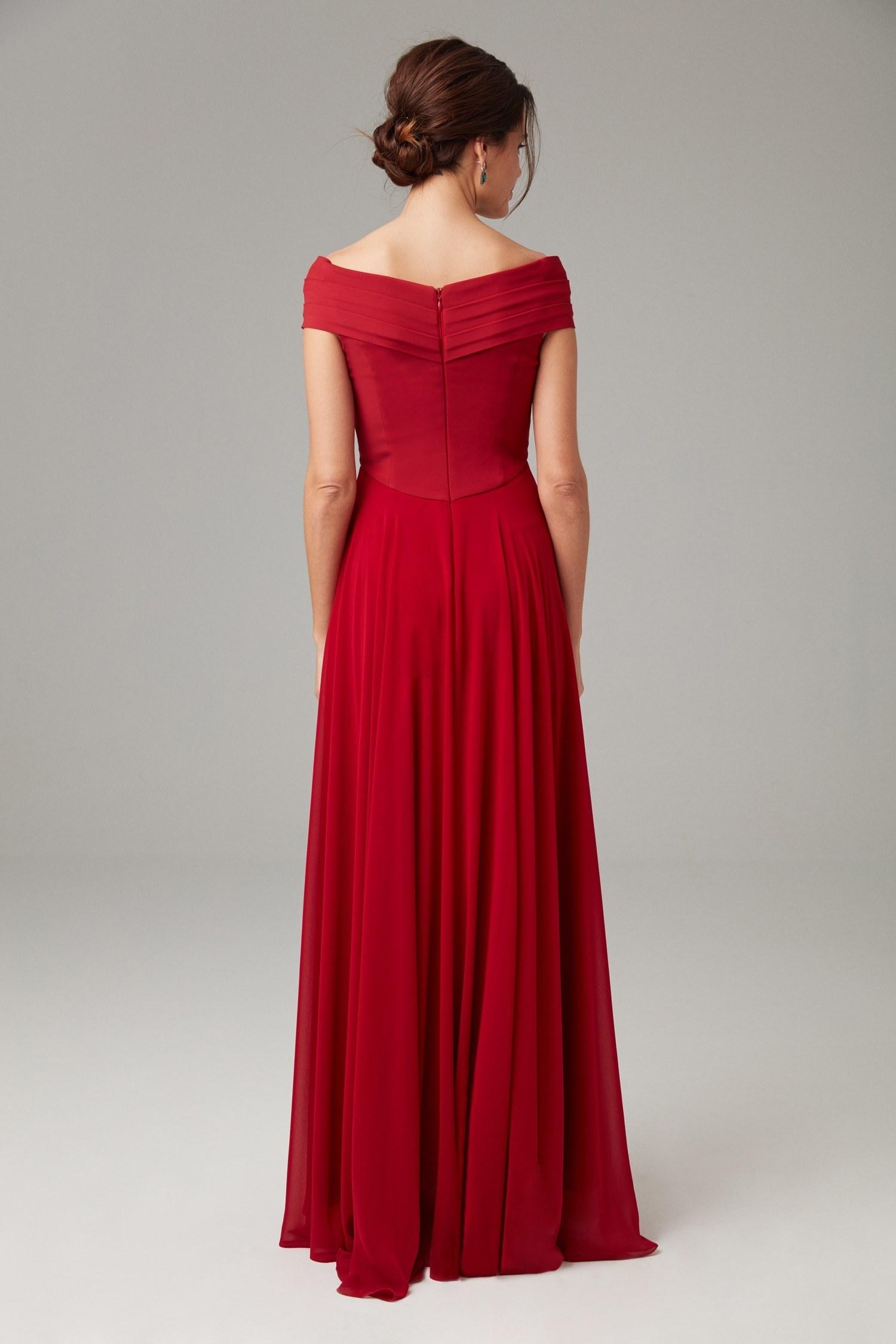 Kırmızı Kayık Yaka Şifon Drapeli Uzun Abiye Elbise - Thumbnail