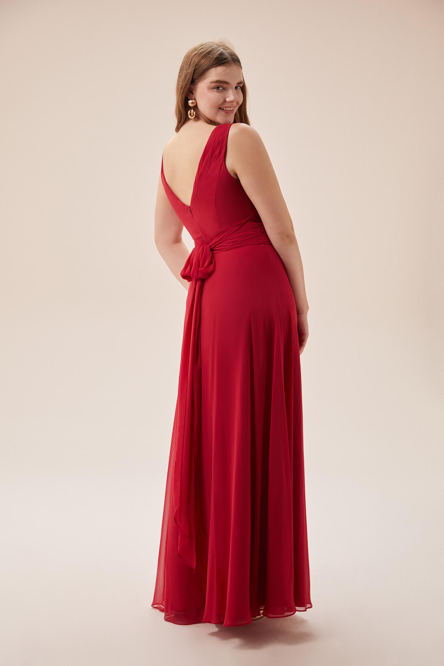 Kırmızı Kruvaze Yaka Yırtmaçlı Uzun Şifon Büyük Beden Elbise - Thumbnail