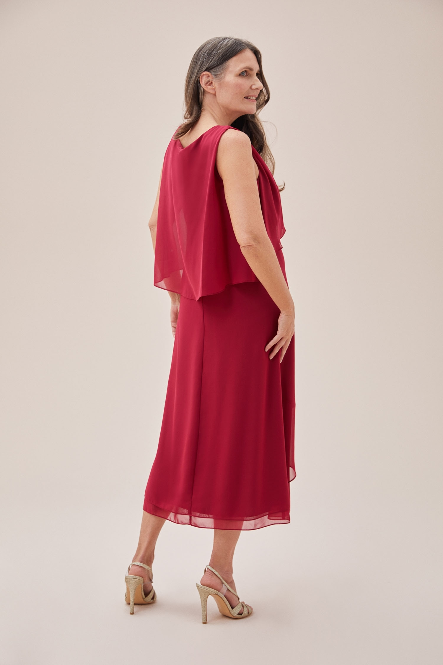 Koyu Kırmızı Kolsuz Midi Boy Şifon Elbise - Thumbnail