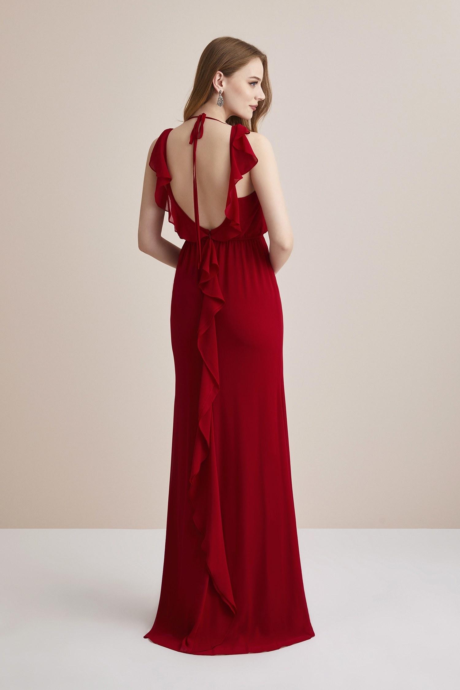 Koyu Kırmızı Sırtı Açık Şifon Uzun Abiye Elbise - Thumbnail