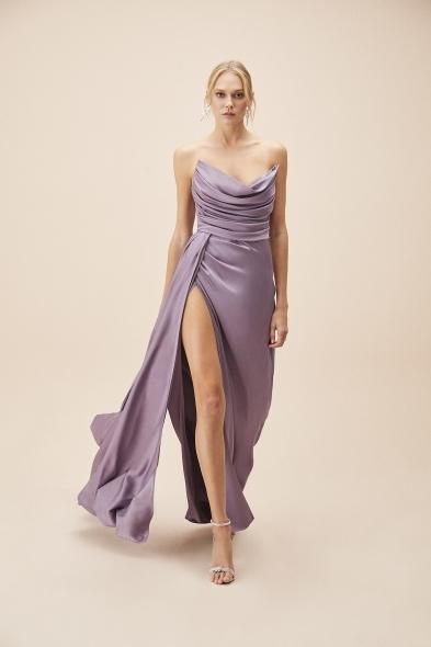 Alfa Beta - Koyu Lila Straplez Yırtmaçlı Saten Uzun Abiye Elbise