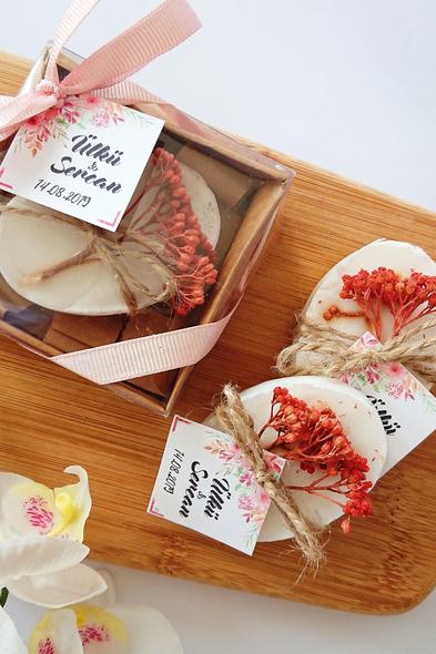 Bridalook - Kurutulmuş Çiçekli Rustik Sabun (1)
