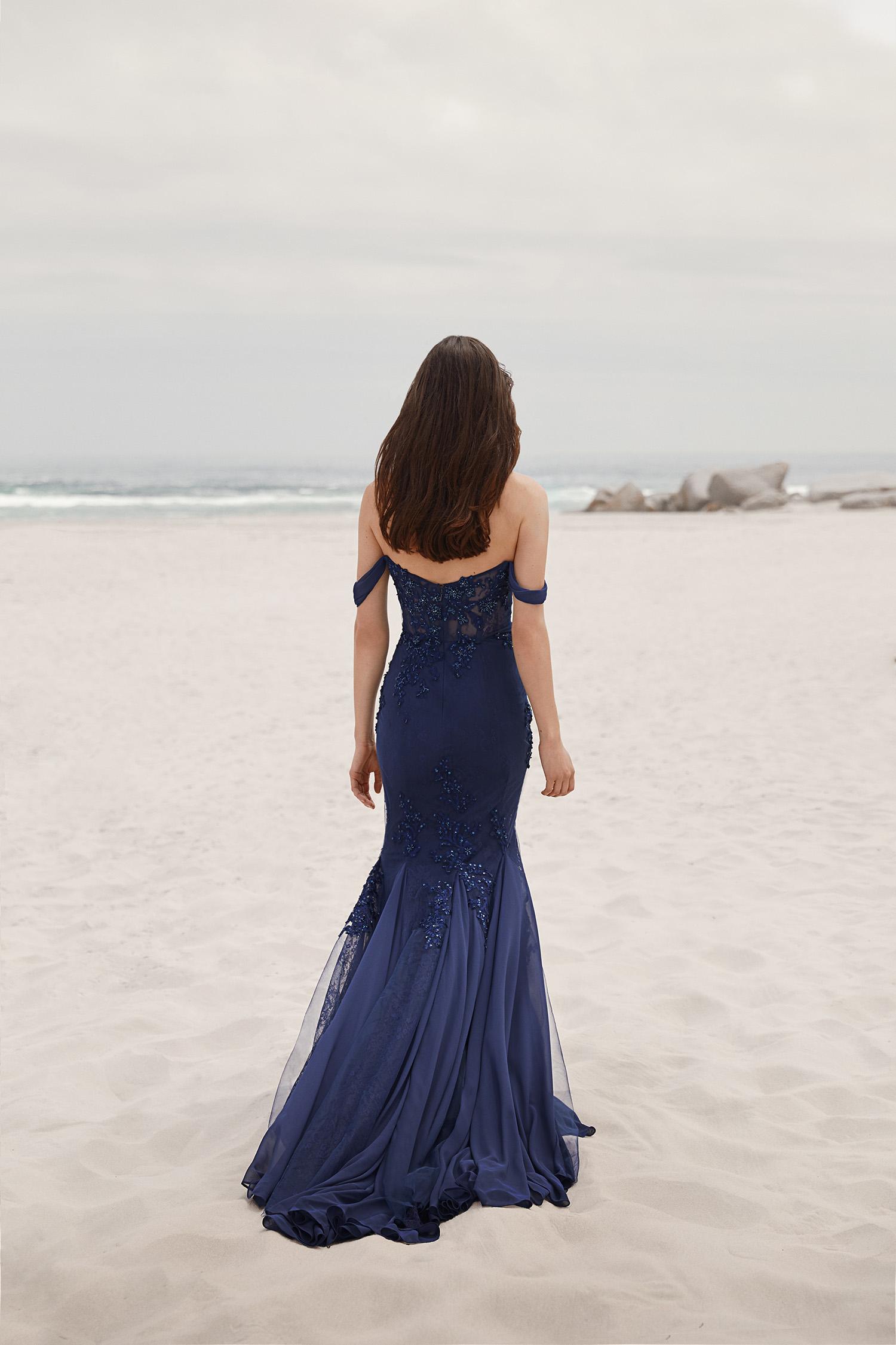 Lacivert Askılı Payet İşlemeli Abiye Elbise - Thumbnail