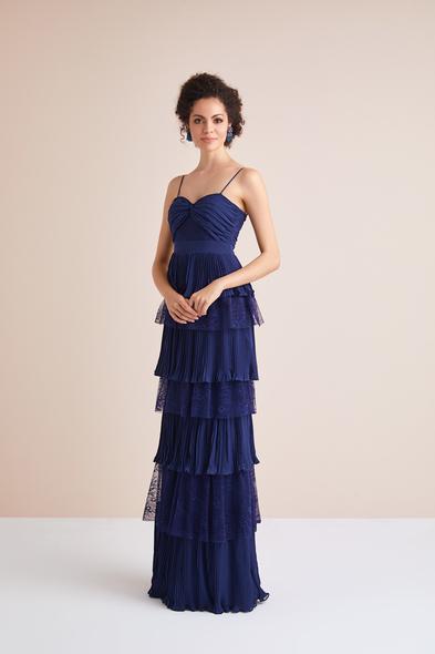 Viola Chan - Lacivert İnce Askılı Dantel ve Şifon Fırfırlı Uzun Abiye Elbise