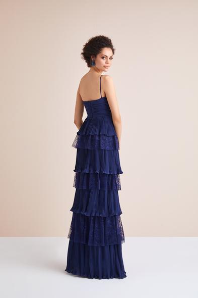Viola Chan - Lacivert İnce Askılı Dantel ve Şifon Fırfırlı Uzun Abiye Elbise (1)