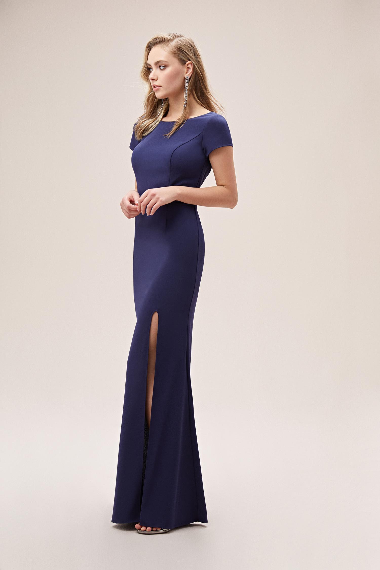 Lacivert Kısa Kollu Yırtmaçlı Krep Uzun Elbise - Thumbnail
