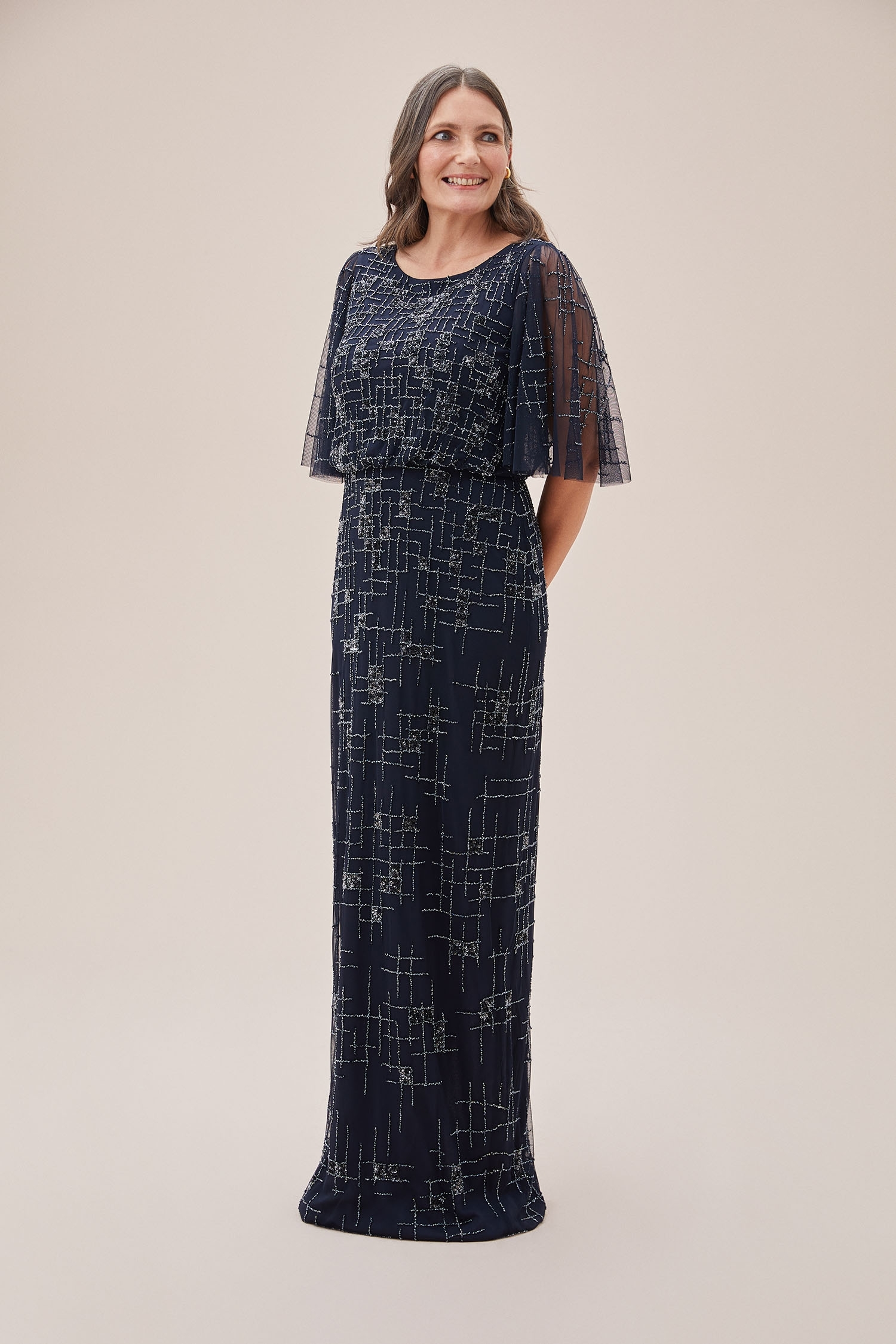 Lacivert Payet İşlemeli Tül Kısa Kollu Uzun Abiye Elbise - Thumbnail