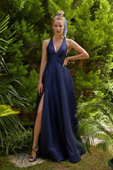 Oleg Cassini - Gece Mavisi V Yaka Sırt Dekolteli Yırtmaçlı Uzun Abiye Elbise