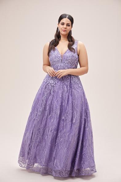 Viola Chan - Lavanta Rengi V Yaka Askılı Prenses Büyük Beden Abiye