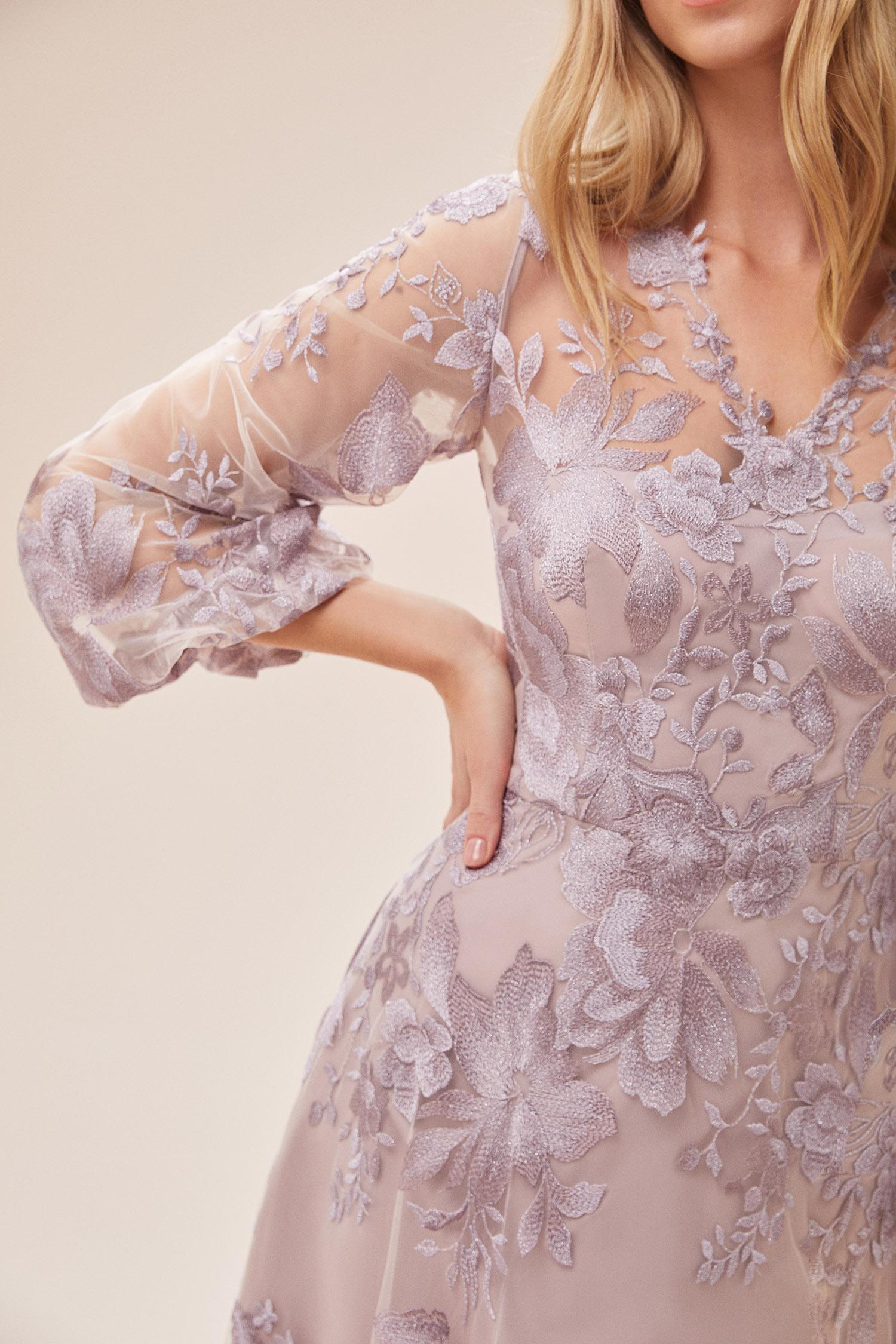 Leylak Rengi Dantel İşlemeli 3/4 Kollu Uzun Elbise - Thumbnail