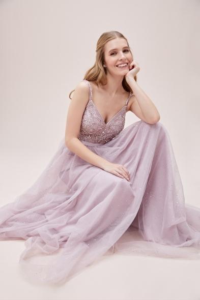 Viola Chan - Leylak Rengi İnce Askılı Taşlı Tül Etekli Uzun Abiye Elbise