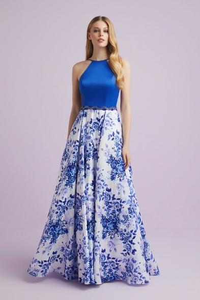 Viola Chan - Mavi Beyaz Desenli Halter Yaka Saten Uzun Abiye Elbise